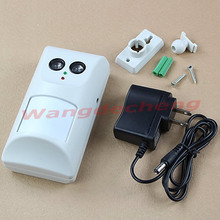 NEW Ultrasonic Waves Infrared Harmless Pet Dogs Cats Repeller Repellent Controller