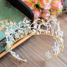Bavoen High Quality European Brides Gold Tiara Crown with White Flower Hairbands Wedding Hair Accessories