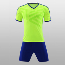 Adult and Child Kids Football Kit 2017 Soccer Jersey Kids Sets Suit Team Custom Tram Training Football Shirts Jersey