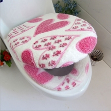 2017 Super soft coral velvet two-piece toilet seat cover set Heart pattern potty cover Protect the skin toilet mat MLX50(China)