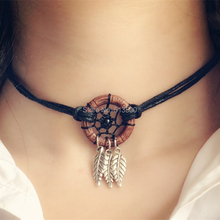 Dream Catcher Necklace Fashion Feather Jewelry Europion Hot Sell Shot Chocker Necklace Indian Style(China)