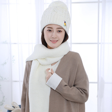 2016 Autumn and Winter New Fashion woodpecker Thick warm Acrylic Wool Caps & Scarf Set for Women & Men(China)