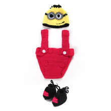 Cartoon Knitted Baby Photography Props Accessories Handmade Crochet Newborn Hat + Shorts +Boots for 0-3 Months Blue/Red