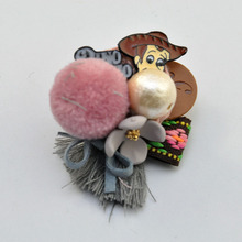 Cartoon picture pearl brooch handmade Fabric Vintage brooch gift for Valentine's Day Accessories costume brooches