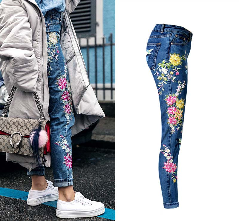 2017 Europe and the United States women's three-dimensional 3D heavy craft bird flowers before and after embroidery high waist Slim straight jeans large code system 46 yards (3)