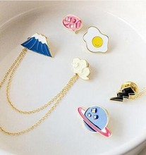 2017 New Trendy Long Chain Brooches Brooch Badge Personality Design Flower Cute Fortune Cat Brooch Pin Collar Clips Women