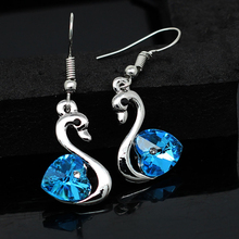 2017 promotion heart white gold color Austrian Crystal Swan Drop Earrings girl friend Fashion Jewelry 40885