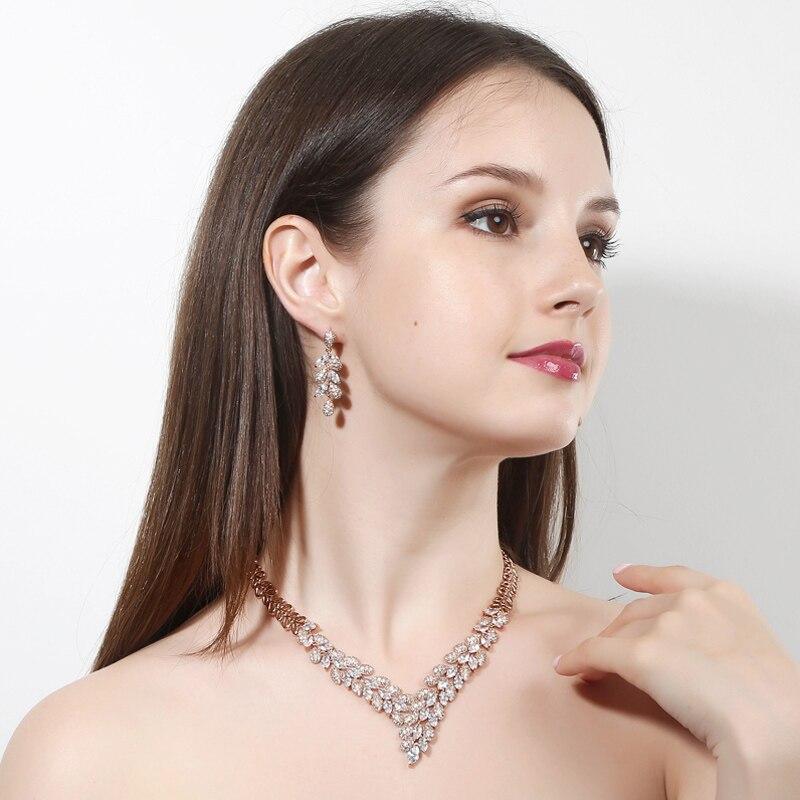 golden jewellery sets