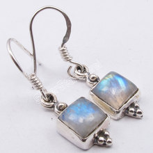 Chanti International Silver BLUE FIRE RAINBOW MOONSTONE WELL MADE New Earrings 3.1 CM(China)