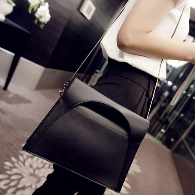 2017 New European Temperament Handbags Women Shoulder Bags Fashion Snake Chain Bag Female Ladies PU Messenger Bag Evening Bags<br>