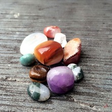 Colorful Natural Stone Garden Decoration Mini Zen Garden Accessorries
