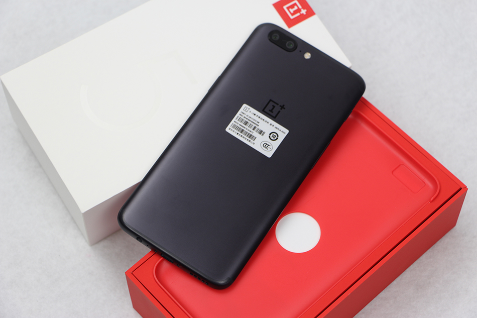 image for Original OnePlus 5 Smartphone 5.5''4G LTE Snapdragon 835 Octa Core 6