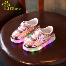 J Ghee 2017 New Kids Glowing Sneakers Luminous Stars Shoes For Boys Girls Age 2-7 Years Children Casual Sneakers With LED Light