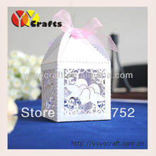 hot sale new design customized wedding supplies white heart pearl paper laser fashionable and cheap wedding invitation gift box