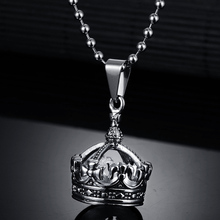 New Arrival Fashion Casting Jewelry Crown Pendant Necklace Titanium Steel Ball Chain Necklace For Gift