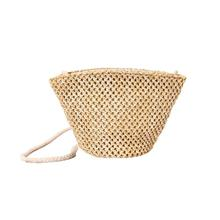 2017 Unique Design Female Fashion Beach Summer Straw Bags Women Shoulder Bags Woven Oblique Grass Bag Girls Handbags A8