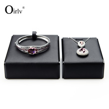 Oirlv Free Shipping Exquisite Shop Counter Necklace Bangle Bracelet Holder Black PU Leather Solid Wood Jewellery Display Stand