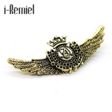 2017 Promotion Plated Trendy Broche Brooches New Fashion Brooch When The British Retro Garden Wind Crown Wings Metal Badge Pin(China)