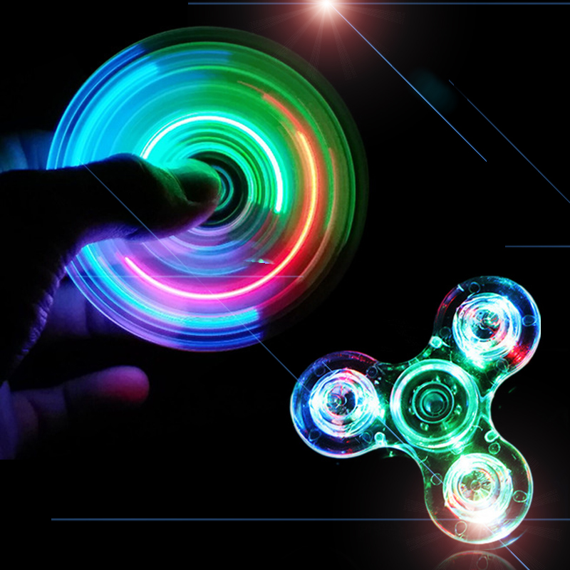2017 Hot Fidget spinner Glow dark shining star toys stickers Gift Hand spinner lights LED party tool crystal spinner