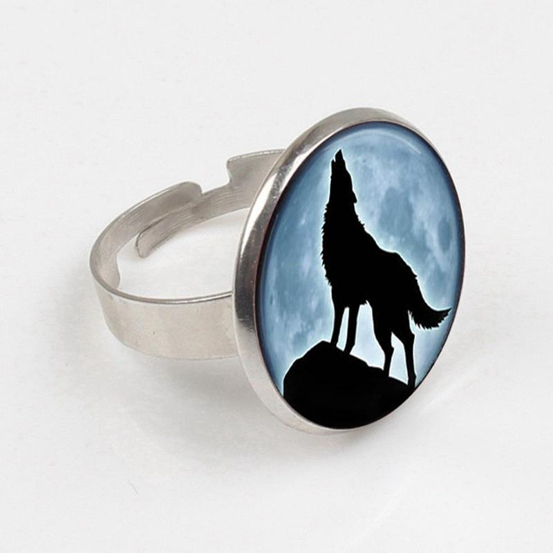 Bague loup hurlement