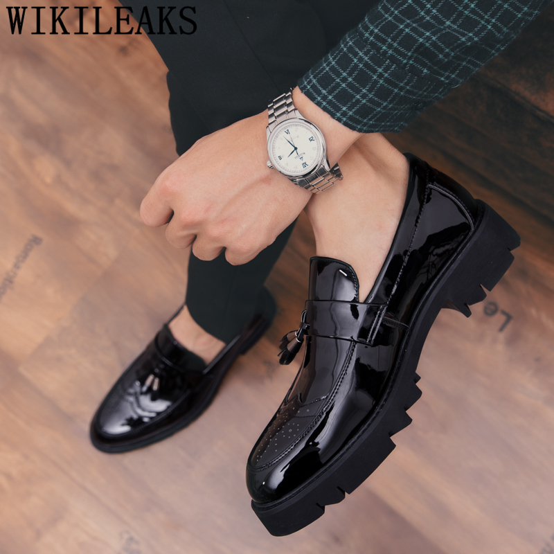 Brogue Shoes Men Elegant Italian Party Shoes For Men Brand Wedding Men Shoes Formal Coiffeur Patent Leather Wedding Dress 2020