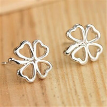 Women Fashion Jewelry Sweet Love Clover Shape Stud Earrings One Direction 2017 Hot Sale Wedding Party Earing Accessories