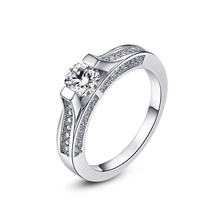 Romad brand Classic Simple Design Prong Sparkling Solitaire  Zirconia forever Wedding Ring bijoux
