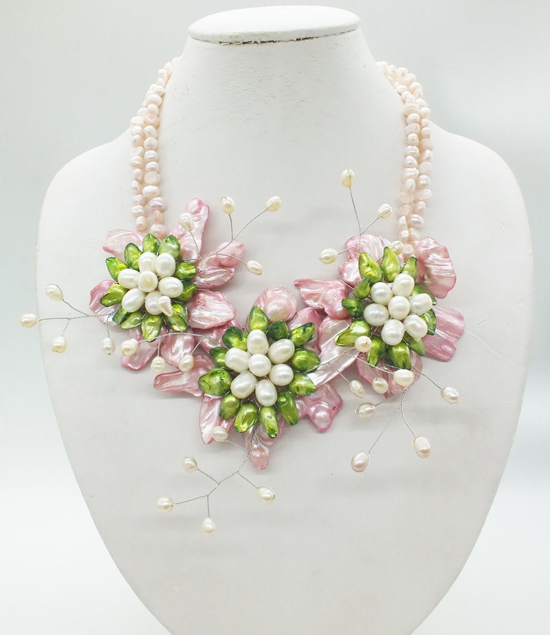 NO--222 # Natural Baroque pearl flowers. Classic bridal wedding necklace jewelry