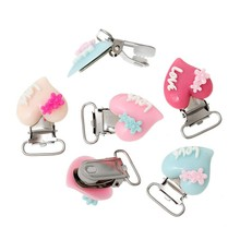 10PCS Plastic Infant LOVE Heart Baby Pacifier Holder Soother Chain Adapter Clips with Metal Holders Kids Feeding for 20mm ribbon