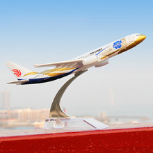 16cm Diecast Metal Air China A330 Airlines Airplane Model Airbus Airways Plane Model Stand Aircraft Favor Gifts