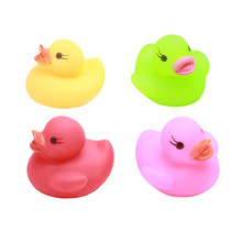4 PCS Toy Duck Baby Bath Toy Auto Color Changing LED Lamp Light Vinyl Toy Teether