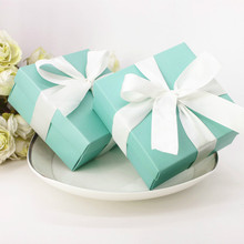 100pcs Candy Box Wedding Favor Sweets Chocolates Turquoise Square Box Jewelry Gift Case Pouch Silk Ribbon 6.5*6.5*3.8cm
