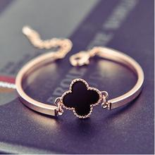 New Hot !! Fashion Classic Four Leaf Clover Bracelet Homme Luxury Gold Clover Charm Bracelet & Bangles Women Party Jewelry