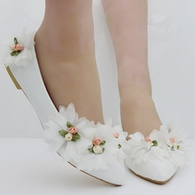white flower Fashion flats for women shoes flowers flats casual shoes weeding flats white wedding shoes flat heel for women 2017