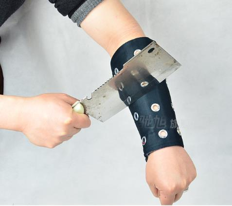 2017 new Chi Xu anti-shearing arm guards against cutting wrist cut-cut gauntlets-proof wristband tactical gear steel protection<br><br>Aliexpress