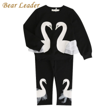 Bear Leader Girls KIds Sets 2017 New Autunm Sets Children Clothing 3D Swan Lace Design Sweatshirts+Pants Sets For 3-7 Years
