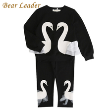 Bear Leader Girls KIds Sets 2017 New Autunm Sets Children Clothing 3D Swan Lace Design Sweatshirts+Pants Sets For 3-7 Years(China)