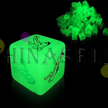 1pcs luminous KTV bar game fun sexy couple dice toys adult game sexy erotic lovers dice gift party dice