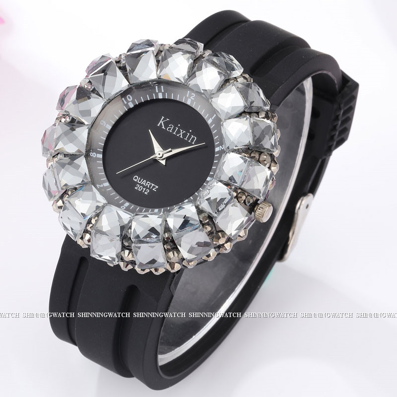 Fashion Womens Watch Shining BlingBling Crystal Quartz Watches Women Silicone Band  Casual Ladies Wristwatches Relogio Feminino<br><br>Aliexpress