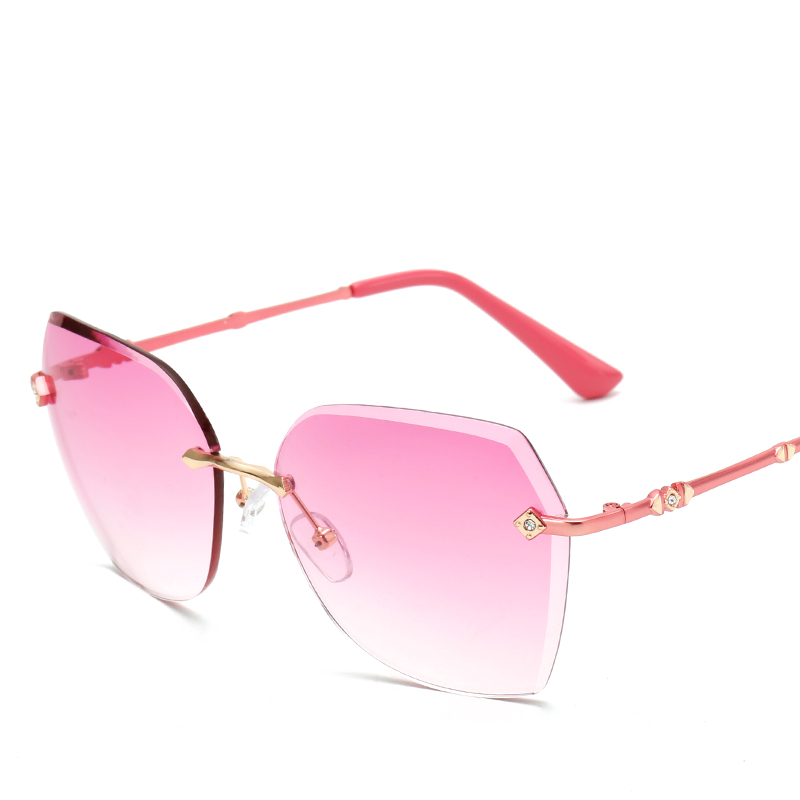 2017 New Fashion Pink Sunglasses Women Vintage Sun Glasses For Ladies Retro Brand Designer CJ940<br><br>Aliexpress