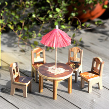 1set Miniature Furniture Doll Ornaments Wooden Mini Dining Room Table Chairs Umbrella Set Toy Wood Crafts Pattern Random
