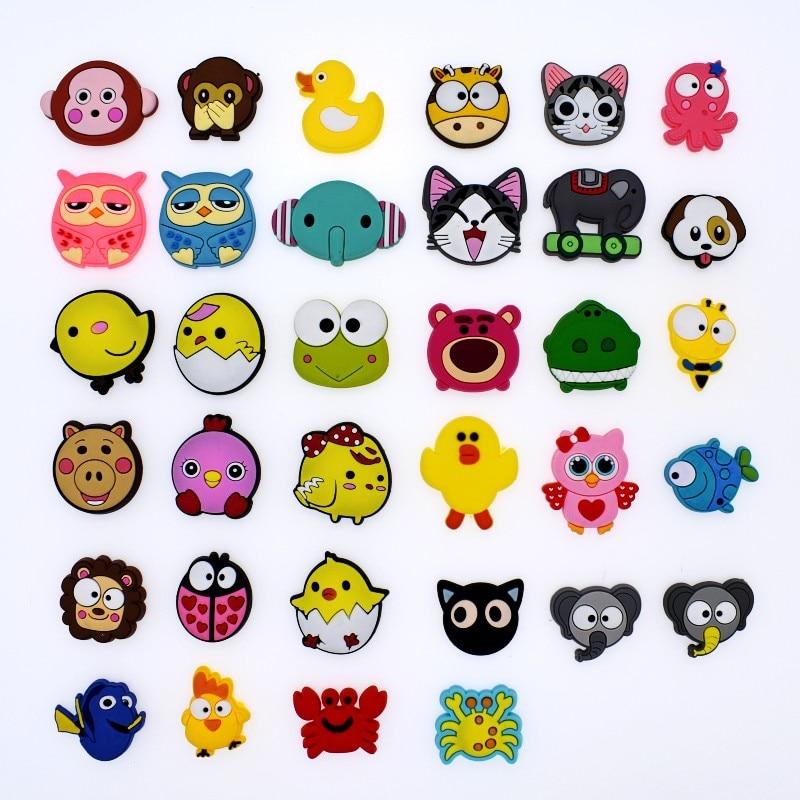 Kids Gifts 50pcs Emoji Expression Soft PVC Shoe Charms Fit Clog//Bracelets