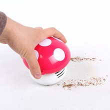 Hot sale 2017 New Cute Mini Mushroom Corner Desk Table Vacuum Cleaner Sweeper Mini Vacuum Dust Cleaner Random Color(China)