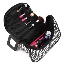 1 pc 2017 New Travel Cosmetic Bag Girl Fashion Multifunction Makeup Pouch Black+white Strip Makeup Organizer(China)