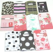 E74 New 50PCS Wholesale Lot 15X9CM Pretty Mixed Pattern Plastic Gift Shopping Candy Bag