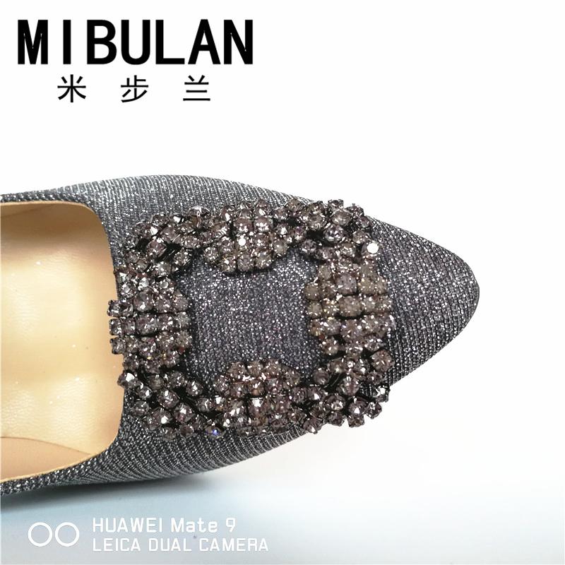 HTB1mXt6RVXXXXcMXVXXq6xXFXXXx - Free Shipping classic silk stain diamond buckle wedding heels, female shining silk stian buckle big size party pumps, 33-43