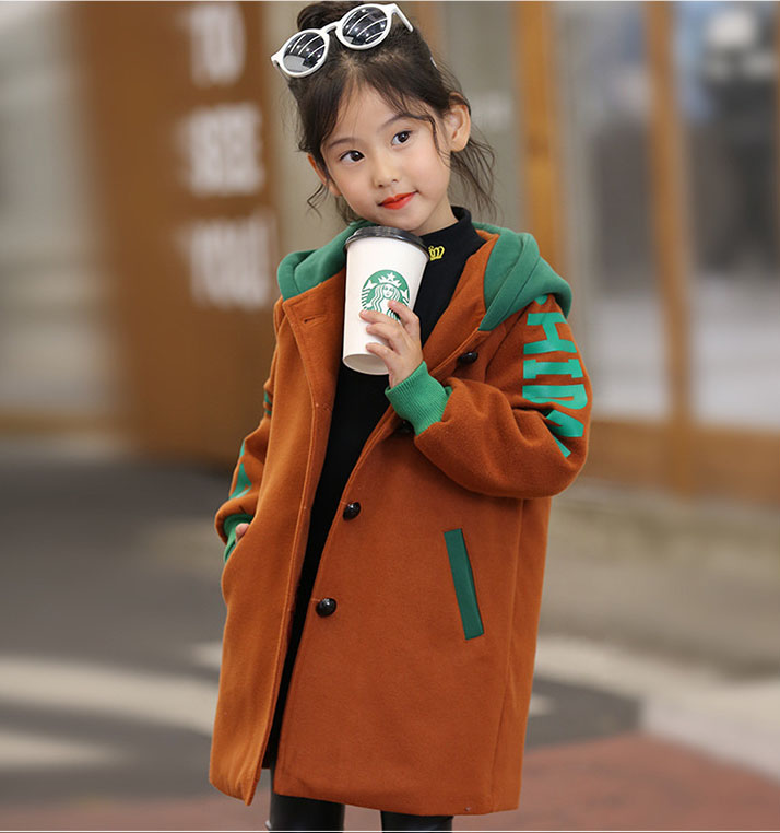 Girl hooded coat autumn and winter 2017 childrens childrens clothing in large children spell color letters coat baby clothes<br>