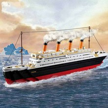 Model building kits compatible with  city Titanic  ship 3D blocks Educational model building toys hobbies for children