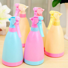 1PC Gardening tools candy - colored watering cans sprinkler water spray hand - pressure