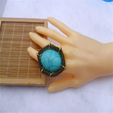 Free shipping in Europe and the luxury fashion oval green natural stone ring restoring ancient ways exaggerated style